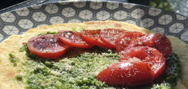Fladenbrot mit Pesto